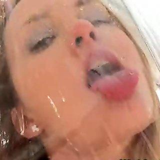 Pee drinking blonde hottie massages clit