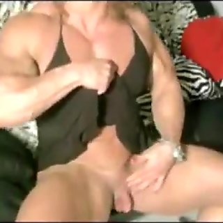 Giant Clit: by slave2pussy