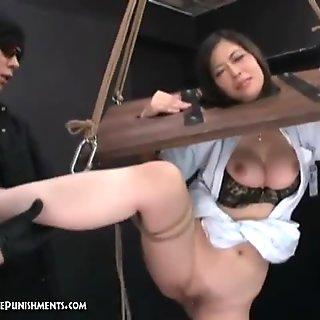 Pornografi berat jepang phinshment momo 3