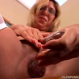 Cougar dildoing