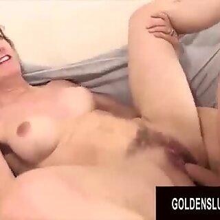 Golden Slut - Wild Babička Orgie Kompilacia Časť 2