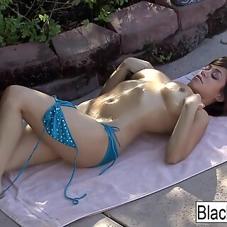 Young hottie Shavon Taylor gets a hardcore BBC fucking
