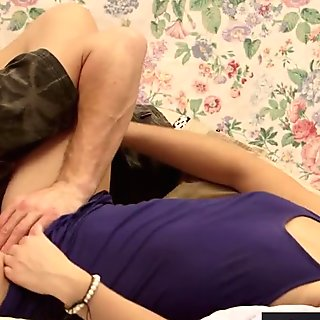 Meaty amateur cunt licked and penetrated