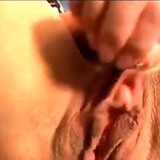 Big Clit Close-Up Playing - SNC